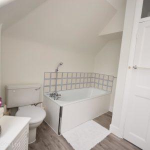 2nd floor bathroom (2)