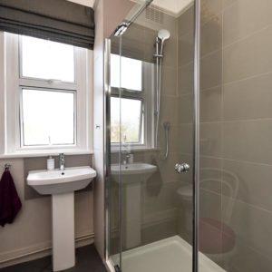 guest shower room, 1st fl